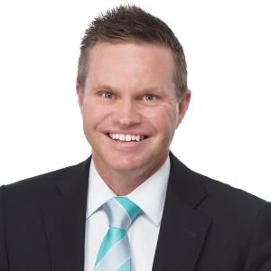Property Agent Steve Harris